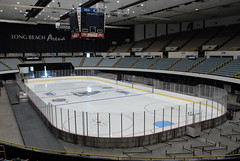 Long Beach Arena (mark6mauno) Tags: ice beach dogs hockey long arena longbeach echl longbeacharena icedogs 200607
