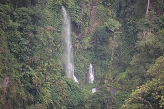 Tropical Waterfall (becklectic) Tags: indonesia waterfall asia seasia waterfalls lombok 2007 dsc0126