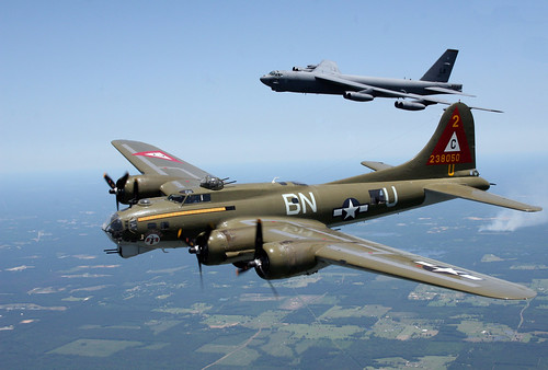 "Warbird picture - Boeing B-17G ""Flying Fortress"" and Boeing B-52 Stratofortress"