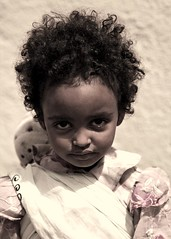 Young girl in Asmara, Eritrea (Eric Lafforgue) Tags: africa woman girl female children kid child femme enfant fille asmara eritrea eastafrica aoi eritreo erytrea lafforgue erythre erythree eritreia  ericlafforgue lafforguemaccom ertra    eritre eritreja eritria wwwericlafforguecom  rythre africaorientaleitaliana     eritre eritrja  eritreya  erythraa erytreja