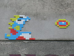 Rue des Pyrénées (PA_700) (Meteorry) Tags: street paris france art wall europe ace spaceinvader attack spaceinvaders tiles videogame pixels mur volga pyrénées mosaïques bubblebobble ruedespyrénées meteorry carrelages rueduvolga maraîchers pa700