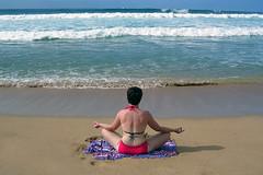 Beach Baddha Konasana (Outdoorsie @ RocksAndSun.com) Tags: ocean beach yoga waves kodak kauai polihale asana easyshare konasana baddha