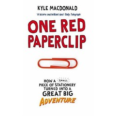 one red paperclip book cover uk