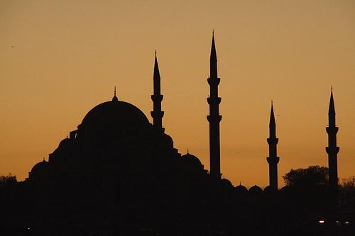 Süleymaniye Camii silhouette