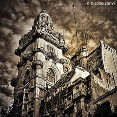"""The Eye of the South"" (Nicolas Zonvi) Tags: building eye tower argentina sepia architecture ojo buenosaires bravo south gothic dramatic sur augen hdr barolo avenidademayo theeyeofthesouth canonefs1855mm3556 nicolaszonvi"