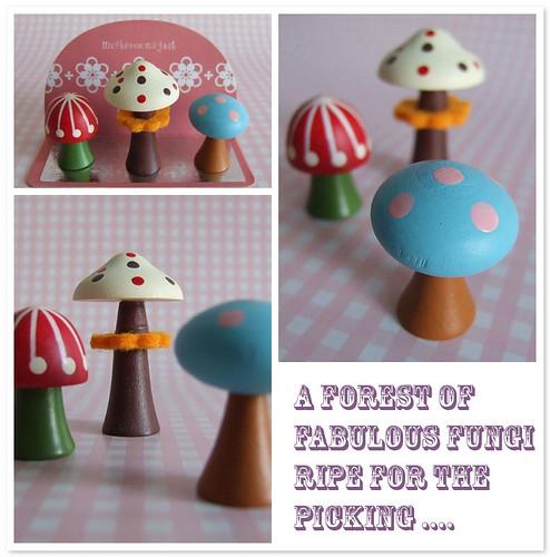Decole - Mushroom Magnets