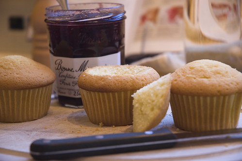 How to fill Coconut Vanilla Cupcakes
