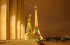 trocadero (marbar55) Tags: paris night gold eiffeltower eiffel 75007 trocadero 75016