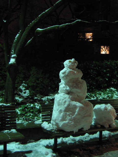 an edward hopper snowman