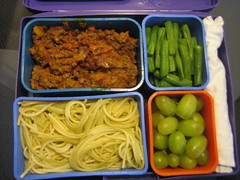 Spaghetti with Meat Sauce, Green Beans, Grapes