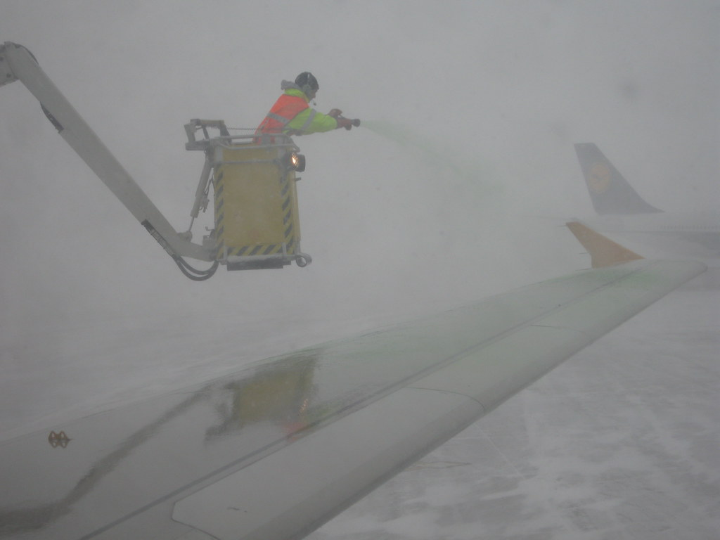 Chicago Airport in the snowstorm