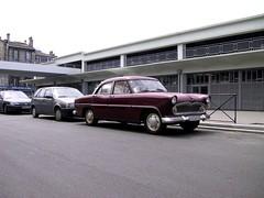 BORDEAUX  France (alainmuller) Tags: france bordeaux voiture ariane capucins