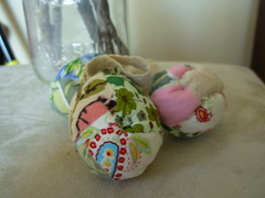 quilted scrap eggs