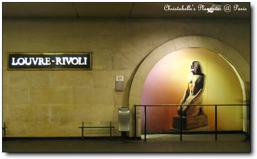 Louvre_Rivoli站