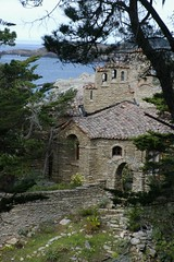 Stone Home On The Sea (cwgoodroe) Tags: ocean california bridge blue sea green beach grass sunshine northerncalifornia stone digital lens relax bay monterey moss spring sand san francisco rocks surf day waves pentax crystal salt lion bluewater bridges sunny sealife cliffs fisheye area carmel seals romantic sealion northern relaxed ist otters saltwater hotday pentaxist stonebridge alge crystalblue