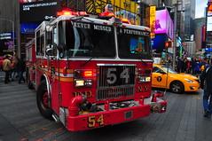 FDNY Engine 54 (Triborough) Tags: ny nyc newyork newyorkcity newyorkcounty manhattan midtown theatredistrict timessquare fdny newyorkcityfiredepartment firetruck fireengine engine engine54 seagrave
