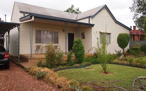 203 Bathurst Street, Condobolin NSW 2877