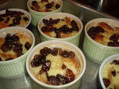 Individual bread pudding