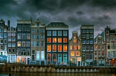 Singel at dusk - by MorBCN