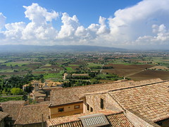 View from Assisi (Conlawprof) Tags: italy cloud landscape italia view olympus tuscany toscana olympusc5060 assisi c5060 umbria