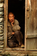 19_uncle_haba_barn_DSC_8521 (kdriese) Tags: china door portrait nikon d70 nikond70 october2005 doorway yunnan hui guesthouse haba chineseman 5photosaday kendriese pprowinner