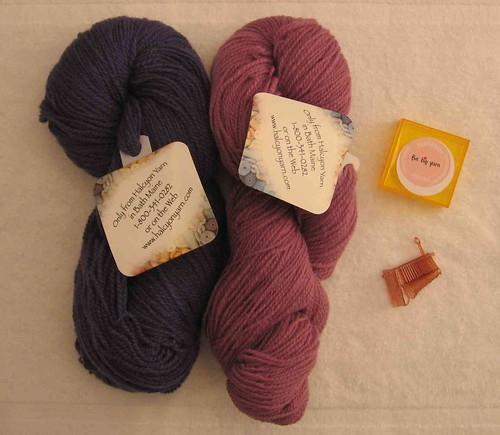 Halcyon Yarn sportweight and needlesizer