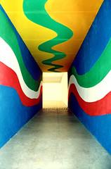 Colores (:: SL Emerick) Tags: blue brazil niemeyer azul brasil mom oscar museu curitiba verdeeamarelo verdeamareloazulebranco emerick slemerick cmwdblue