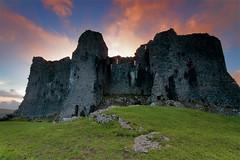 Carreg Cennen Sunset (Sean Bolton (no longer active)) Tags: sunset castle wales carmarthenshire cymru ruin fortification fortress blackmountain wfc carregcennen llandeilo cadw dyfed seanbolton welshflickrcymru ffotocymrucouk ffotocymru deheubarth castellfarm