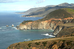 Big Sur (linda yvonne) Tags: landscape highwayone bravo bigsur pacificocean coastline bixbybridge santaluciarange interestingness108 i500 lindayvonne