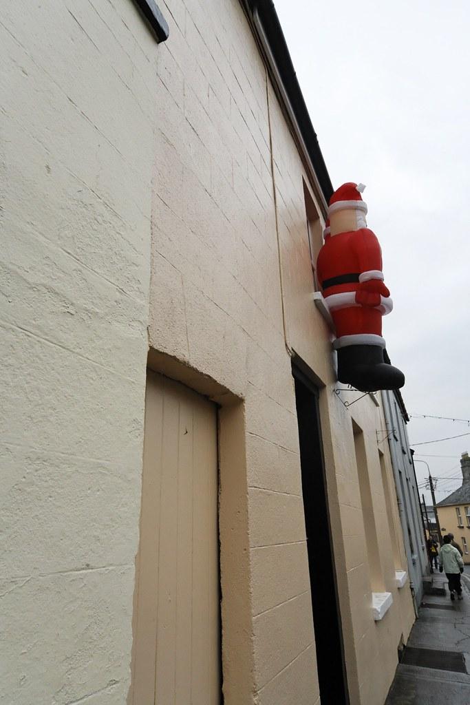TRIM, CHRISTMAS 2006