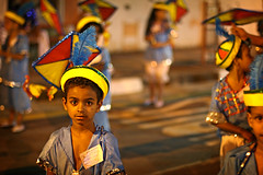 How much longer...? (carf) Tags: carnival girls boy brazil kite boys girl hat brasil proud children drums hope dance community education samba child risk feather traditions esperana social pride tired carnaval educational procession diadema development prevention tails atrisk tiring mundouno