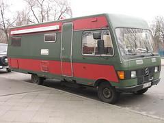 IMG_0843.jpg (lfoflo) Tags: auto berlin car truck mercedes mercedesbenz vehicle caravan wohnmobil fahrzeug