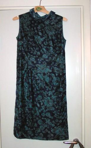 N:s farmors klänning.