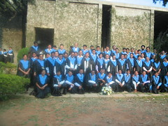 Group photo of PGSEM 2004 graduating students. I took the photo