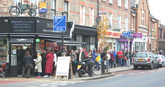 William Rose Butchers : Lordship Lane South London: An even longer Pre-Christmas Queue (pomphorhynchus) Tags: london rose south william queue lane longer butchers prechristmas lordship