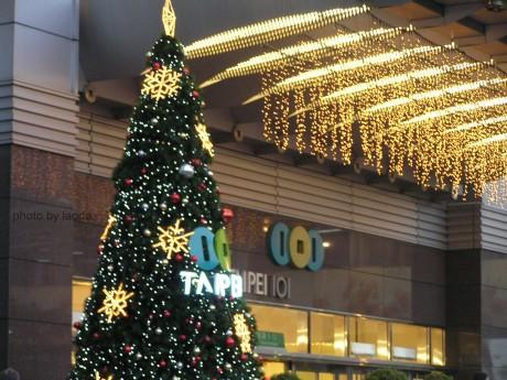 101門口的聖誕樹