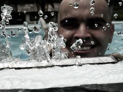 Splash (Rafa Aflalo) Tags: sergio agua cano piscina splash serginho