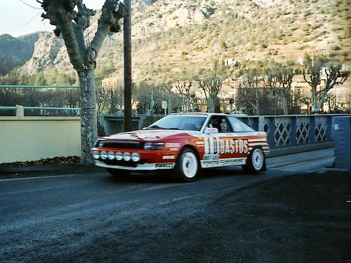Paddock Café :: 1989年の Monte Carlo Rally で駆け抜けていく CELICA GT-FOUR