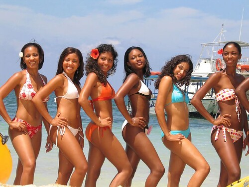 nude black girls ass photos