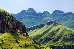 Drakensberg mountain range (Arno Meintjes Wildlife) Tags: africa wallpaper nature southafrica bush wildlife safari explore rsa drakensberg interestingness94 i500 ultimateshot diamondclassphotographer flickrdiamond arnomeintjes mountainsnaps