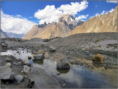 In the Karakoram (Ahmad A Karim) Tags: las pakistan karakorams baltoro theadventuringelf 4000m