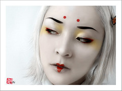 Geisha (China DoII) Tags: white silver asian japanese makeup pale geisha kabuki whitehair flickrglam