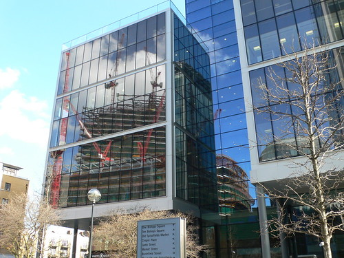 Reflection of Broadgate Tower (spital square)
