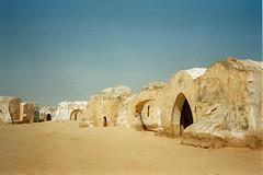 Star Wars Episode I (Suzanne's stream) Tags: sahara starwars tunisia wüste tunesien tatooine desser tozeur
