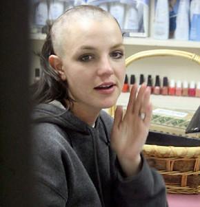 Britney Spears depilada