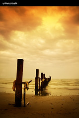Cloudy Afternoon (Hussain Shah.) Tags: beach clouds d50 nikon afternoon cloudy kuwait 1855mm nikkor fahaheel   superaplus kuwaitimuwali   alkoutbeach