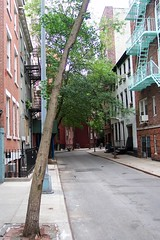 Minetta St. by uriba, on Flickr