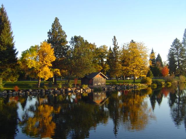 Drake Park in the spring