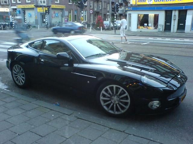 car de clercqstraat aston martin v12 vanquish 2005