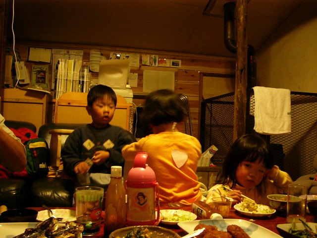 Happy kids dinner. (II)